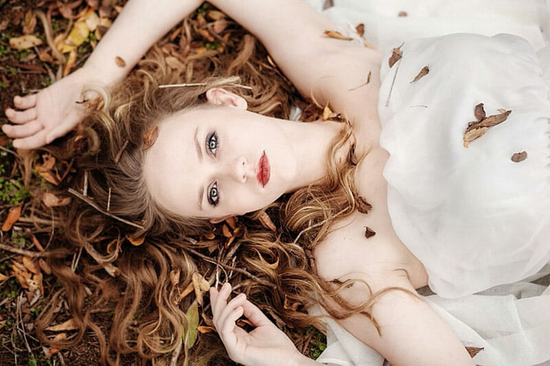Surreal And Glamorous Senior Pictures 06