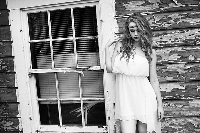 Surreal And Glamorous Senior Pictures 09