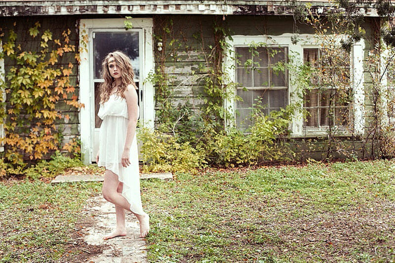 Surreal And Glamorous Senior Pictures 11