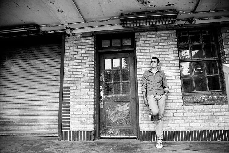Chandler Senior Pictures T And P Train Station 24